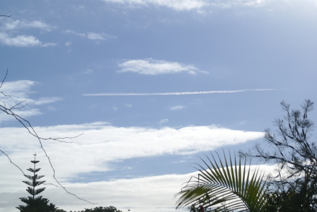 This chemtrail left by an aircraft, was seen expanding.  It was definitely not a condensation trail.